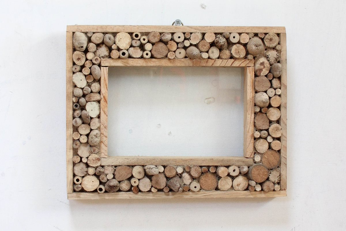 Driftwood Picture Frame 10